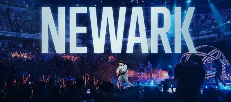 GARTH IS COMING TO NEWARK!
